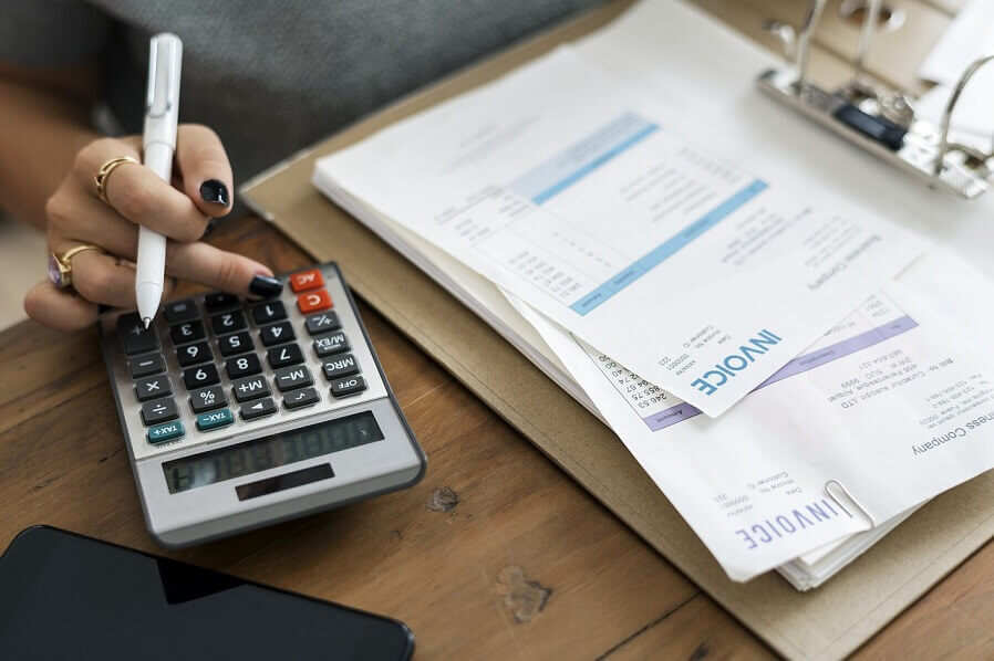 Why Should You Outsource Bookkeeping Services in Mississauga?